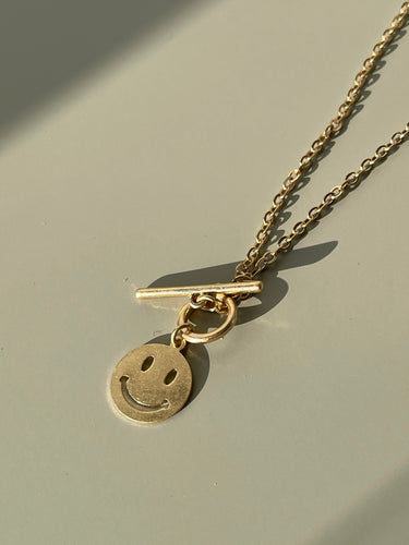 90s Classic Smiley Face Chain Necklace In Matte Gold