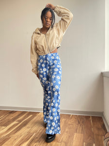 Naomi Knit Flare Floral Print Pant In Sky Blue