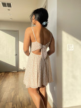 Load image into Gallery viewer, Dasha Backless Floral Mini Dress In Ivory