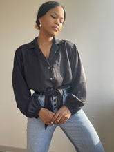 Load image into Gallery viewer, Tuli Button Front Tie Shirt In Black