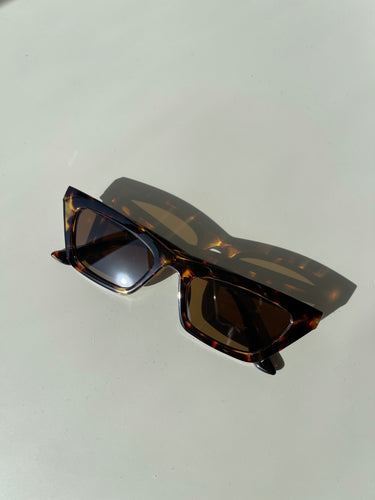 Molly 80s Style Frames In Tortoise