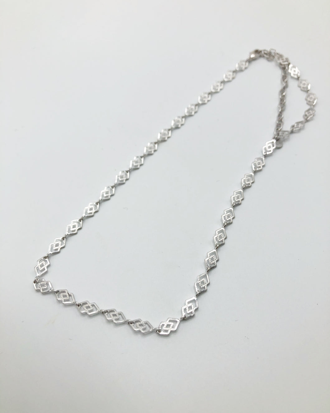 Classic Link Geo Necklace In Silver