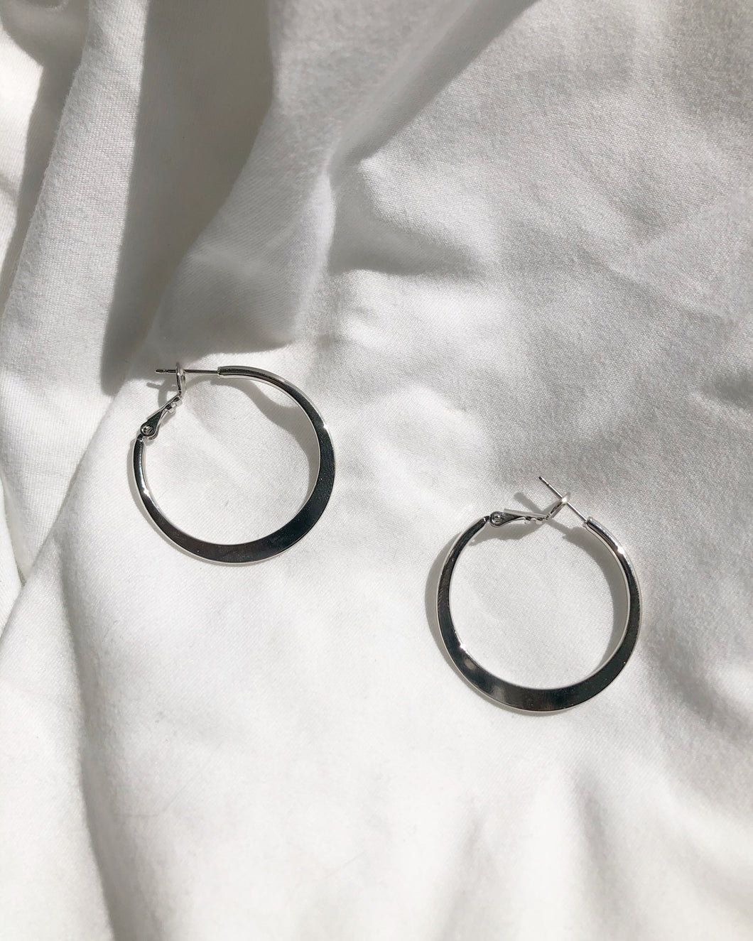 Claire Silver Hoop Earring