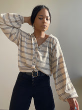 Load image into Gallery viewer, Amira Cropped Cardigan In Taupe