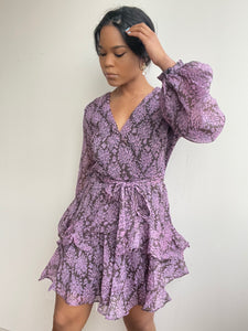 Emlie Balloon Sleeve Day Dress In Lavender