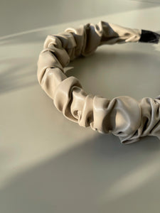 Scrunch Vegan Leather Headband In Light Taupe