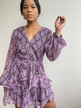 Load image into Gallery viewer, Emlie Balloon Sleeve Day Dress In Lavender