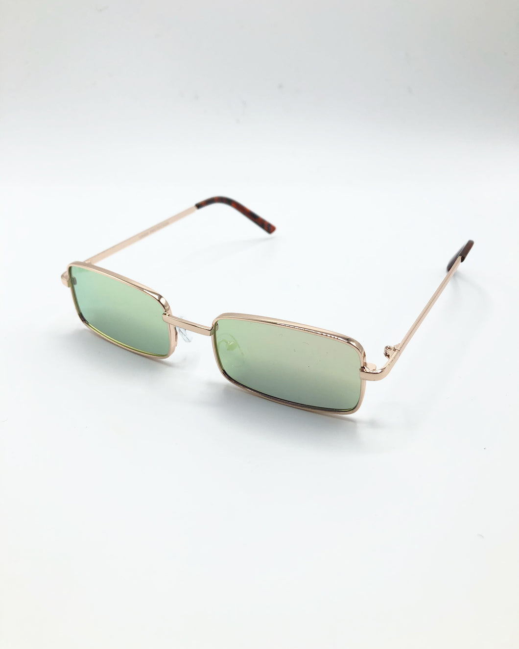 Grant Vintage Style Sunglasses In Gold Reflective Peach