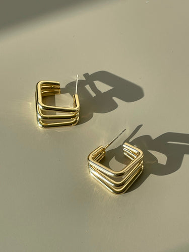 Tri Square Huggie Hoop Earring In Gold