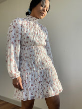 Load image into Gallery viewer, Moxie Mock Neck Floral Dress In Ivory