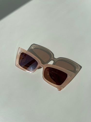 Travis 70s Style Frames In Taupe