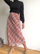 Load image into Gallery viewer, Irene 90s Style Plaid Midi Skirt