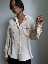 Load image into Gallery viewer, Stacy Classic Button Down Long Sleeve In Taupe
