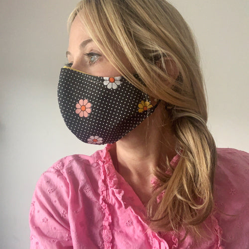 Luxe Face Mask 2.0 - Black Eyed Susan