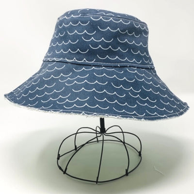 Riviera 1970 Bucket Hat - Seagulls & Waves
