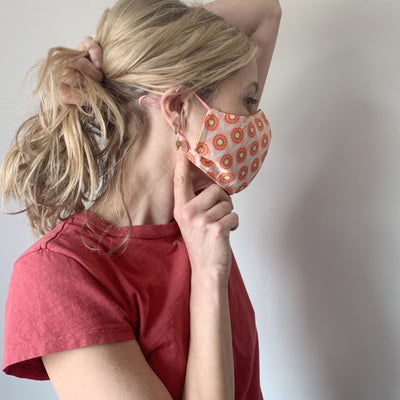 Luxe Face Mask 2.0 - Vintage Dahlias