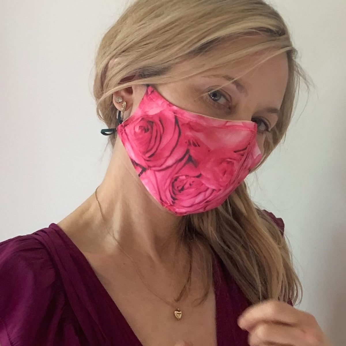 Luxe Face Mask 2.0 - Pink Roses