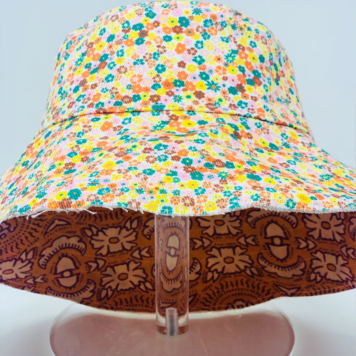 Riviera 1970 Bucket Hat - Carly