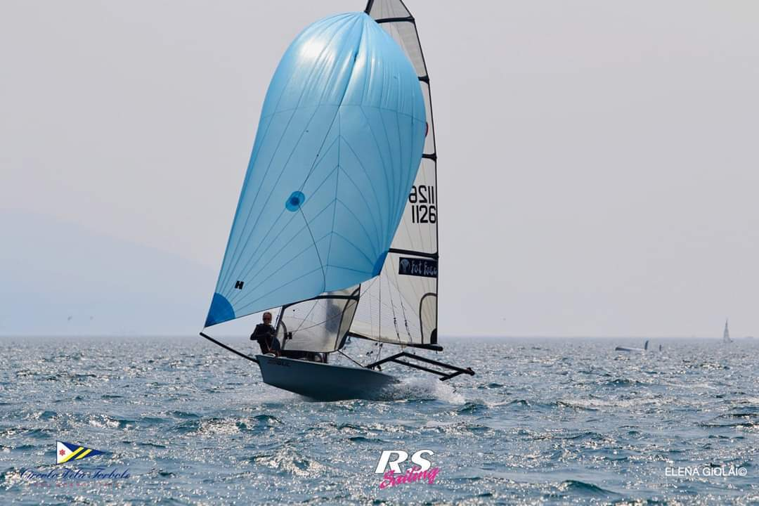 George Smith and Girlfriend sailing the RS800 on Lake Garda