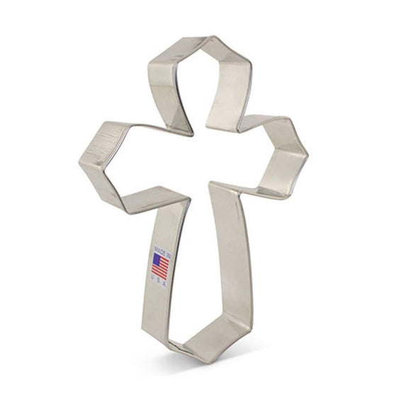 Ann Clark Large Cross cutter by Tunde's Creations 13.5cm
