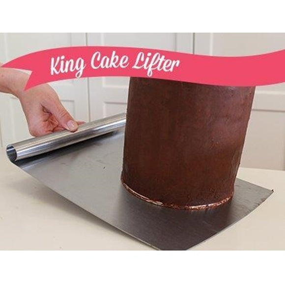 King Cake Lifter by Sugar Crafty