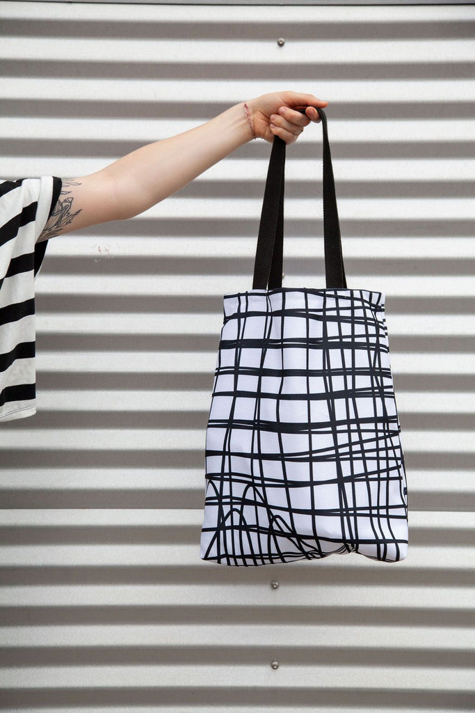 Everything Tote Bag Clothing Ravel & UnRavel Black/White