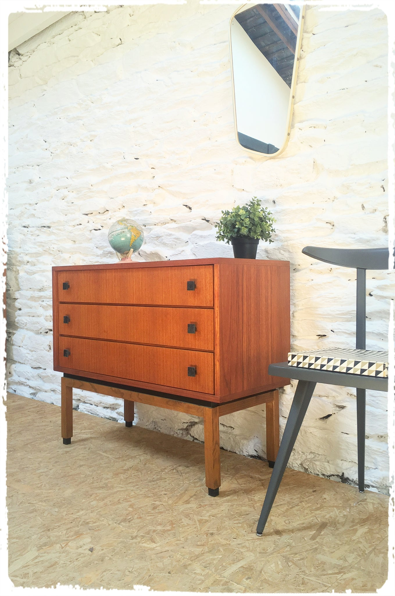 Commode Vintage en Teck MDK