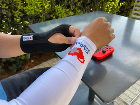 gaming sleeve and brace