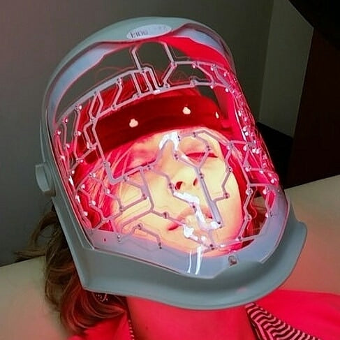 One LED Red Light Therapy Treatment in Corona Ca