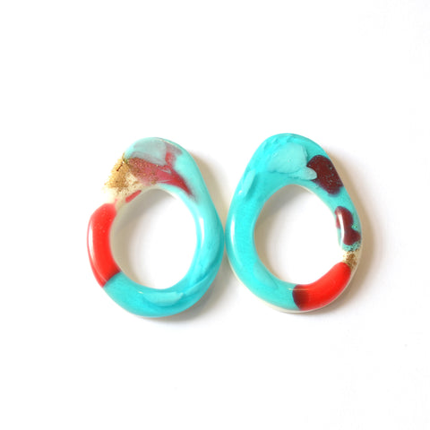 Stretched Loop Studs