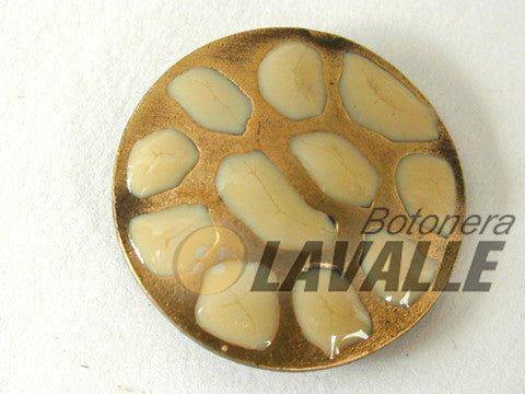Button enamel spots c307