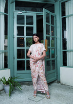 Load image into Gallery viewer, Cream printed sari style kurta with pants Chhavvi Aggarwal