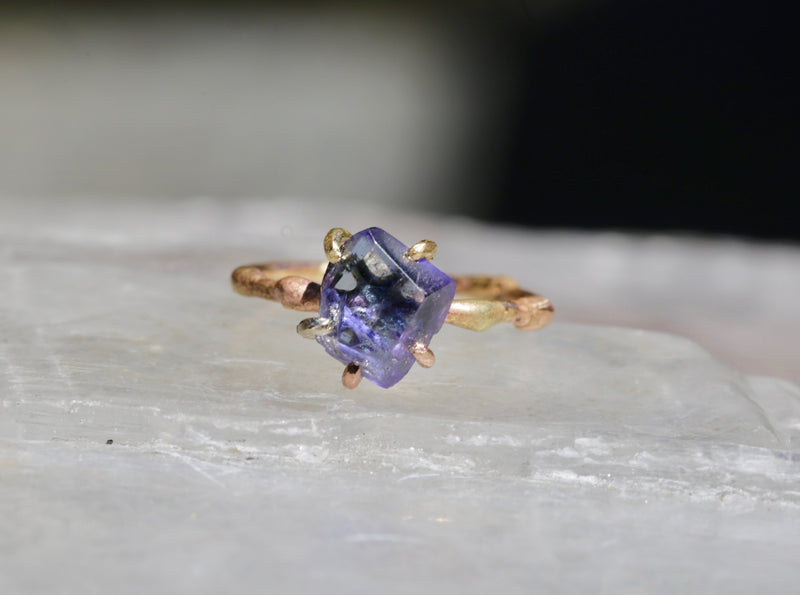 Tanzanite | Variance Objects