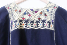 Load image into Gallery viewer, VINTAGE EMBROIDERED TOP- NAVY