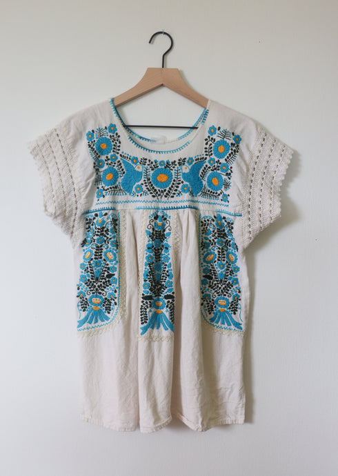 VINTAGE EMBROIDERED TOP- CREAM WITH BLUE