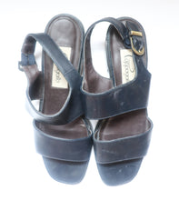 Load image into Gallery viewer, VINTAGE DARK NAVY SANDALS