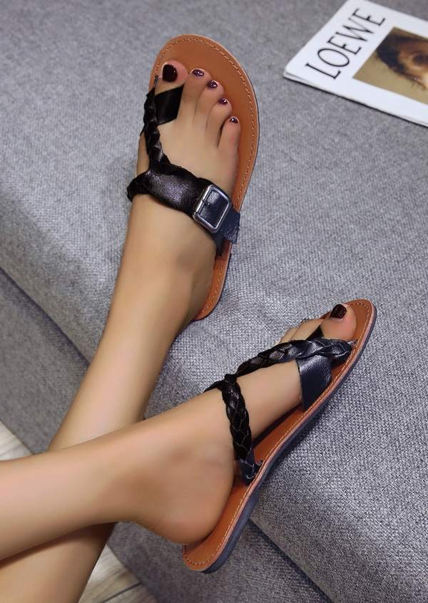 Solid Buckle Braid Flat Sandals Slippers