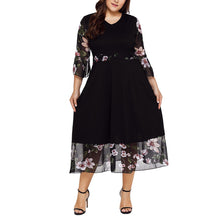 Load image into Gallery viewer, Donna Long Black Patchwork Dress