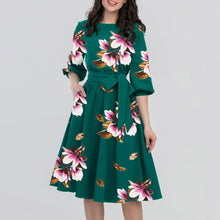 Load image into Gallery viewer, Evergreen Floral Dress With Belt