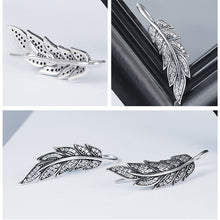 Load image into Gallery viewer, Sterling Silver Vintage Feather Earrings