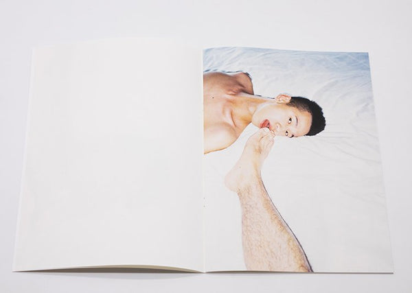 Ren Hang╱July