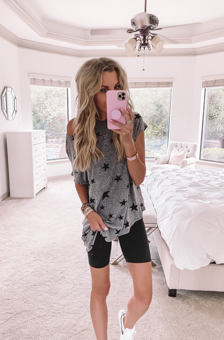 Live In Comfy Star Tee