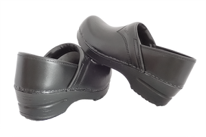Sanita san flex clogs for chefs, surgeons and nurses - back and side view