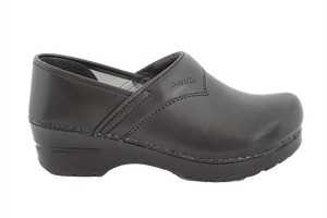 Sanita san flex clogs for chefs, surgeons and nurses - side view