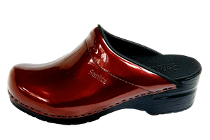 Sanita nurse clogs in patent leather side two view