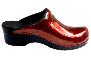 Sanita nurse clogs in patent leather side view