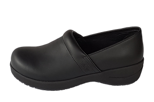 Wellness Faves Shoe - most comfortable nursing shoe outside view