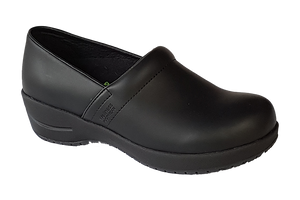 Wellness Faves Shoe - most comfortable nursing shoe diagonal view