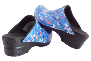 Sanita San Flex Shout Out clogs easy clean - diagonal with heel view
