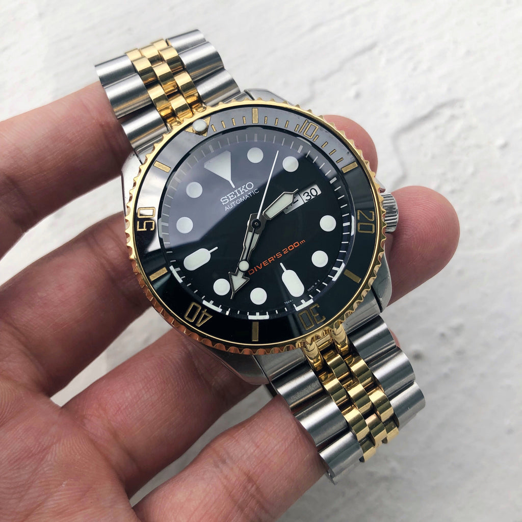 SKX Sub Bezel: Polished Gold Finish